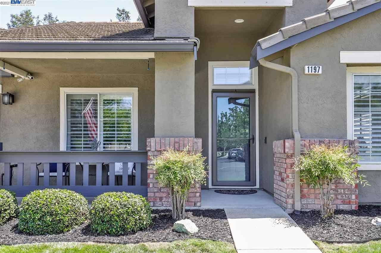 Photo of 1197 Meadow Dr, LIVERMORE, CA 94551 (MLS # 40949220)