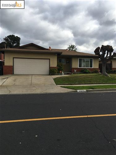 Photo of 4825 Belle Dr, ANTIOCH, CA 94509 (MLS # 40892221)