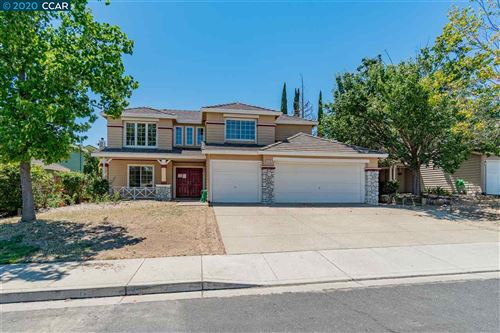 Photo of 5116 Equestrian Way, ANTIOCH, CA 94531 (MLS # 40911222)