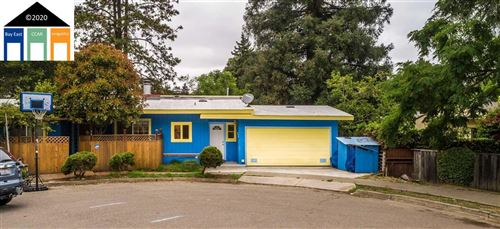 Photo of 34 Whittle Ct, OAKLAND, CA 94602 (MLS # 40907224)