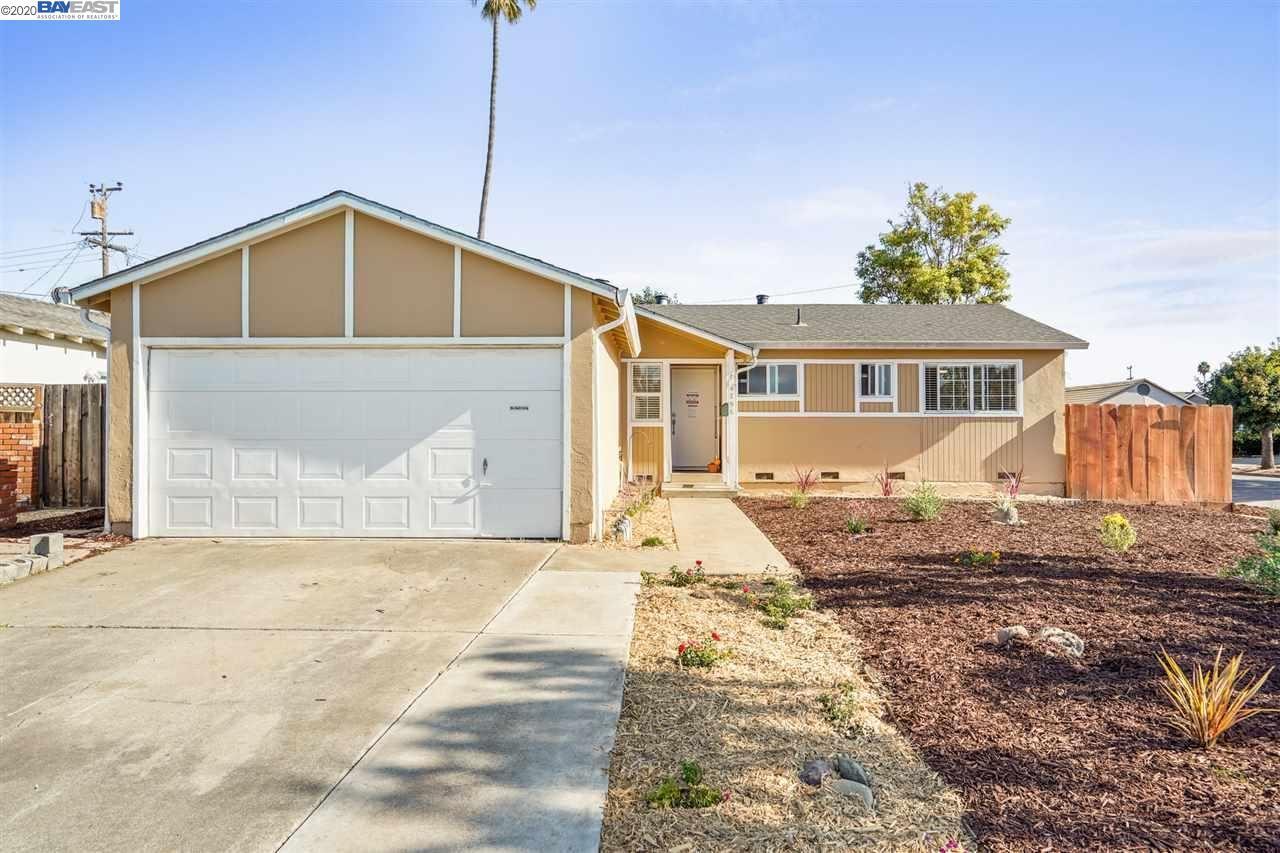 Photo for 4796 Quadres Ct, FREMONT, CA 94538 (MLS # 40926224)