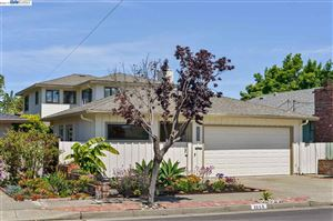 Photo of 1355 Hansen Avenue, ALAMEDA, CA 94501 (MLS # 40867227)