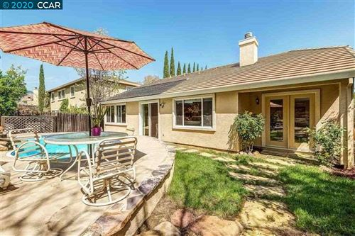 Photo of 1823 Mount Conness Way, ANTIOCH, CA 94531 (MLS # 40893227)