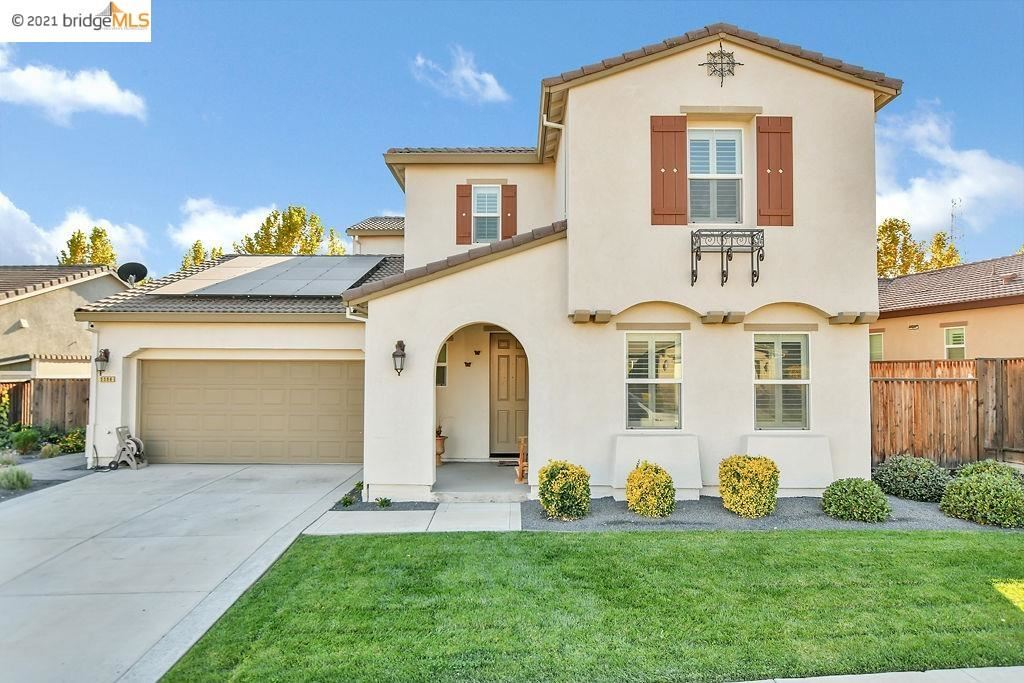 Photo of 5596 Ashbourne Way, Antioch, CA 94531 (MLS # 40971228)