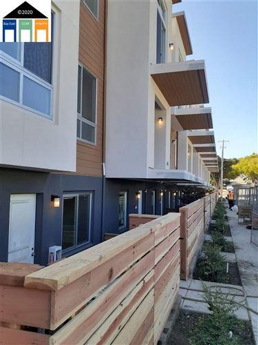 Photo of 5816 El Dorado Street #8, EL CERRITO, CA 94530 (MLS # 40907229)