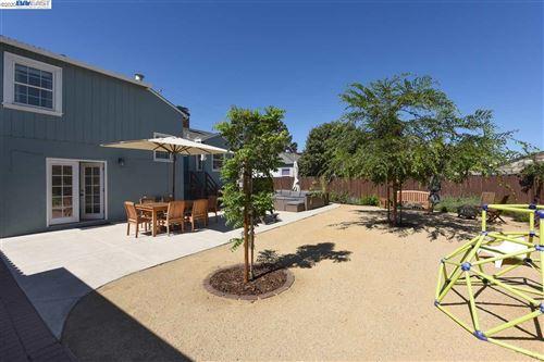 Tiny photo for 172 Pontiac St, SAN LEANDRO, CA 94577 (MLS # 40922229)