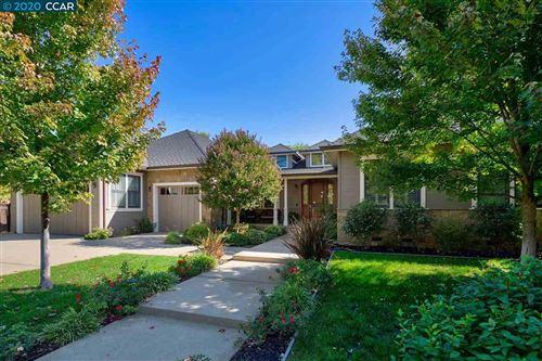 Photo of 1821 Glenhaven Ave, WALNUT CREEK, CA 94595 (MLS # 40925232)