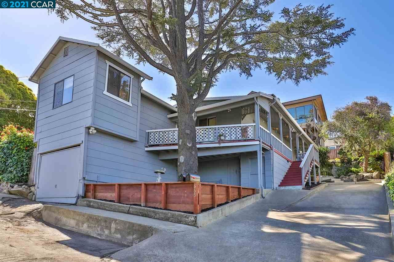 Photo of 665 Alhambra St, CROCKETT, CA 94525 (MLS # 40949237)