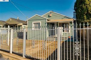 Photo of 8700 Hillside St, OAKLAND, CA 94605-3938 (MLS # 40889239)