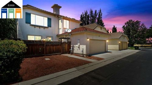 Photo of 322 S Central Parkway, MOUNTAIN HOUSE, CA 95391 (MLS # 40910239)