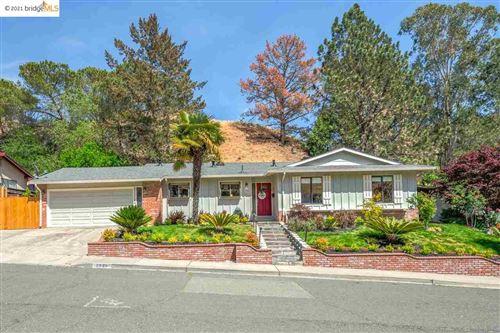 Photo of 2820 Doidge Ave, PINOLE, CA 94564 (MLS # 40952241)