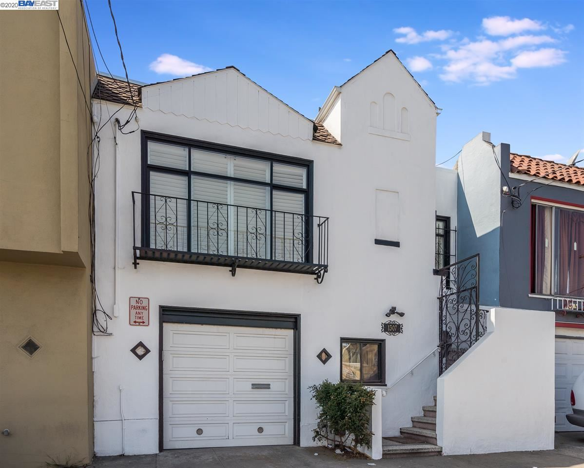 Photo for 1307 Gilman Ave, SAN FRANCISCO, CA 94124-3242 (MLS # 40922241)