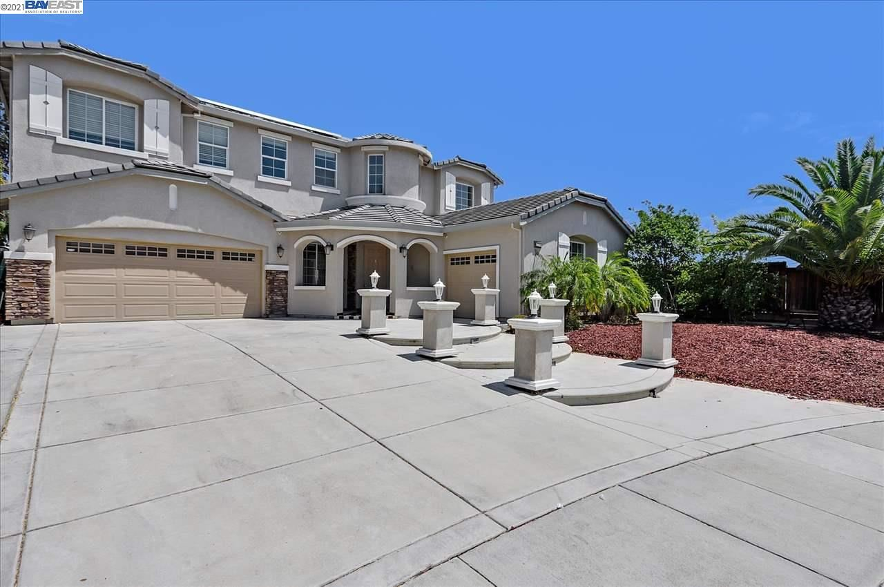 Photo of 2256 Star Lilly Ct, BRENTWOOD, CA 94513 (MLS # 40961246)
