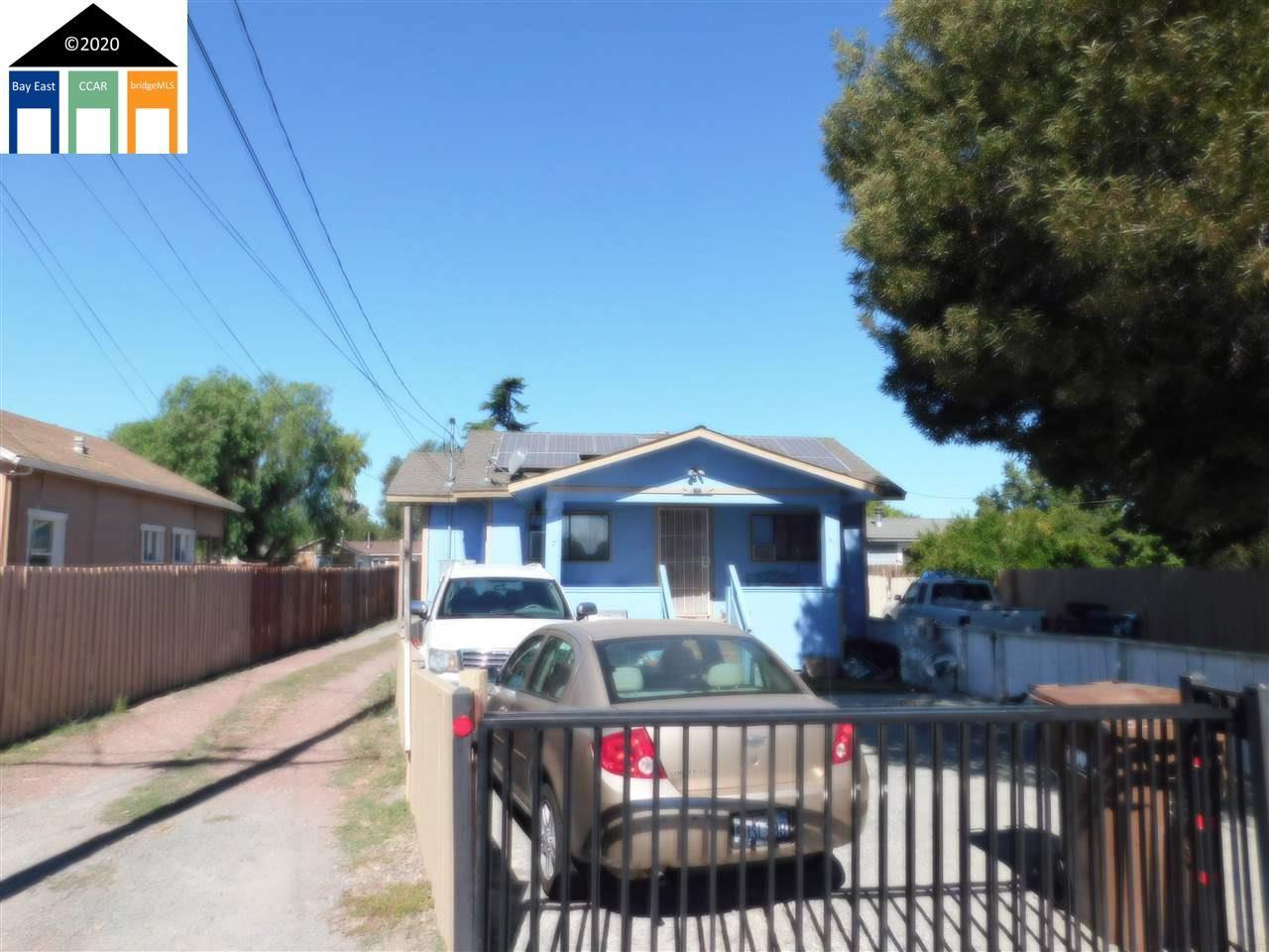 Photo of 64 Loftus Road, BAY POINT, CA 94565 (MLS # 40915247)