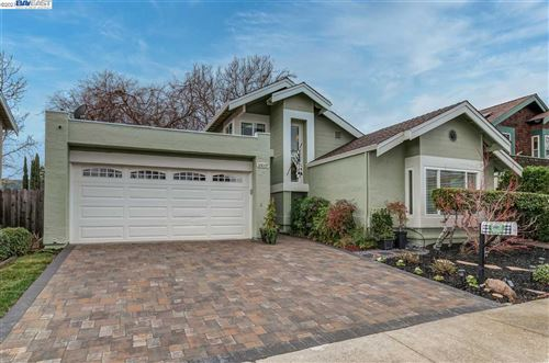 Photo of 10037 Foxboro Circle, SAN RAMON, CA 94583 (MLS # 40935248)