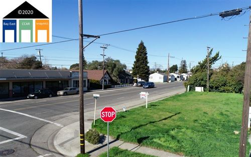 Photo of 710 Amador St, VALLEJO, CA 94590 (MLS # 40894249)