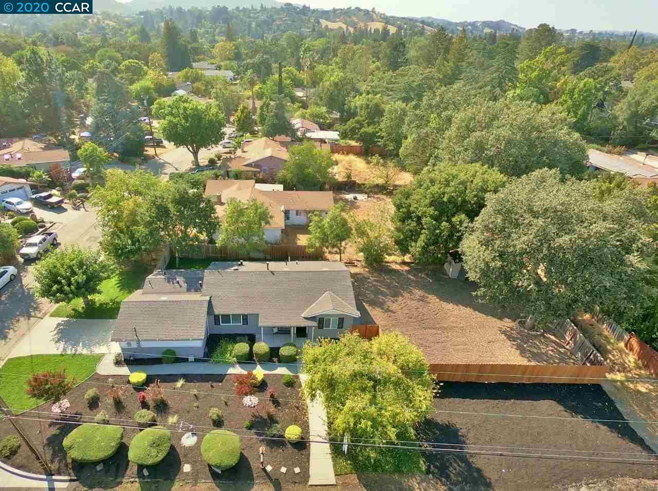 Photo of 263 Oakvue Rd, PLEASANT HILL, CA 94523 (MLS # 40921249)