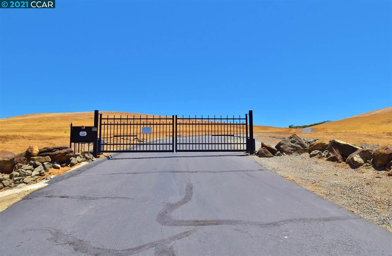Photo of 100 Balfour Lot A, BRENTWOOD, CA 94513 (MLS # 40951249)