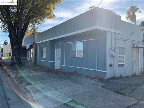 Photo of 260 E 10Th St, PITTSBURG, CA 94565 (MLS # 40935251)