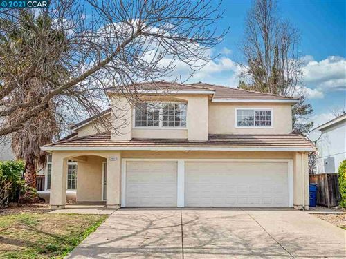 Photo of 4912 Ridgeview Dr, ANTIOCH, CA 94531 (MLS # 40940253)