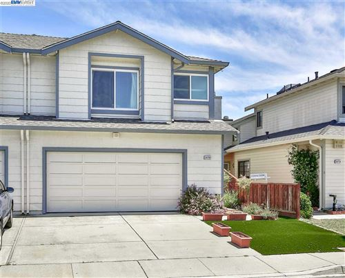 Photo of 34700 Teal Cmn, FREMONT, CA 94555 (MLS # 40907255)