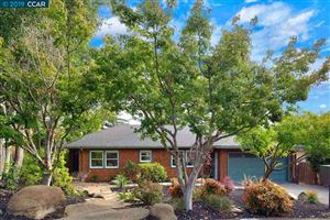 Photo of 3 Mariposa Lane, ORINDA, CA 94563 (MLS # 40879258)