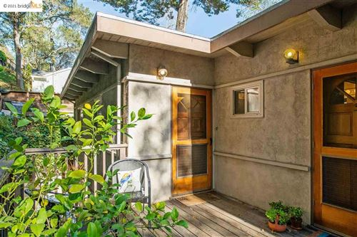 Photo of 5835 Thornhill Dr #4, OAKLAND, CA 94611 (MLS # 40934258)