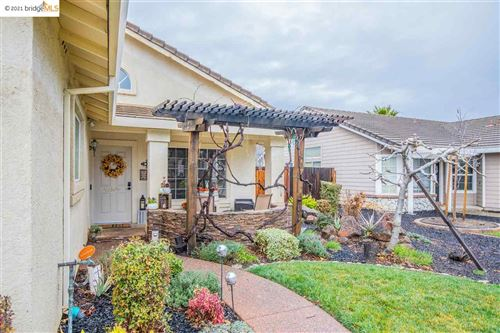 Photo of 925 Coventry Circle, BRENTWOOD, CA 94513-2788 (MLS # 40940259)