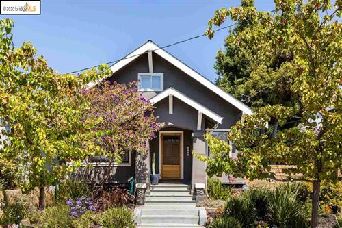Photo of 5764 Genoa St, OAKLAND, CA 94608 (MLS # 40912260)
