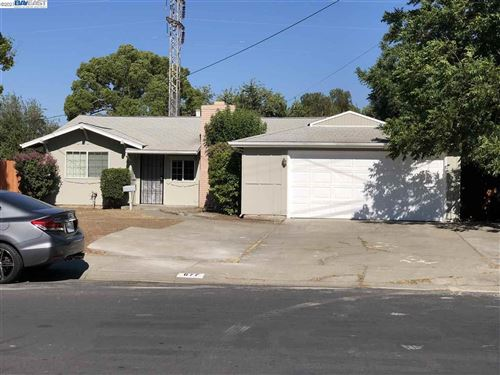 Photo of 677 Chester Dr, PITTSBURG, CA 94565 (MLS # 40958260)