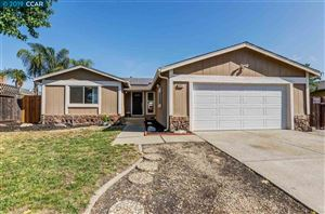 Photo of 305 Brookside Dr, ANTIOCH, CA 94509 (MLS # 40879261)