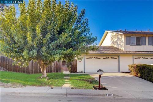Photo of 2460 Camino De Jugar, SAN RAMON, CA 94583 (MLS # 40966261)