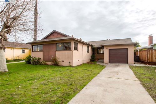 Photo of 1322 Mersey Ave, SAN LEANDRO, CA 94579 (MLS # 40934262)