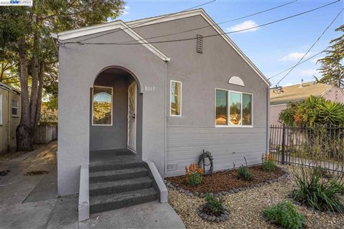 Photo of 8115 Hillside Street, OAKLAND, CA 94605-3457 (MLS # 40930264)