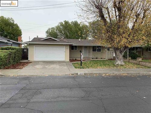 Photo of 1217 Hargrove St, ANTIOCH, CA 94509 (MLS # 40922265)