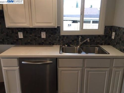Tiny photo for 2935 Clearland Cir, BAY POINT, CA 94565 (MLS # 40889269)