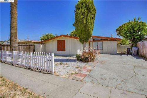 Photo of 1893 La Porte Ave, SAN JOSE, CA 95122 (MLS # 40929270)