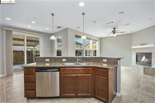 Tiny photo for 5170 Daffodil Dr, OAKLEY, CA 94561 (MLS # 40889271)