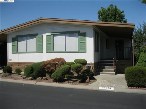 Photo of 29313 Nantucket, HAYWARD, CA 94544 (MLS # 40916271)