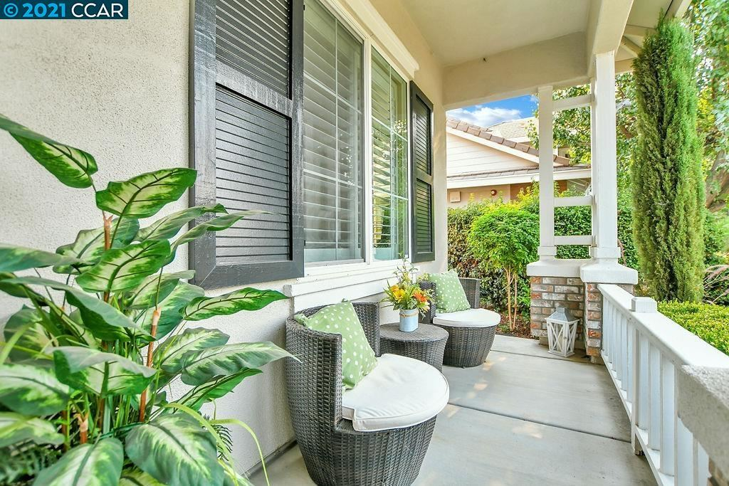 Photo of 2381 Boulder St, BRENTWOOD, CA 94513 (MLS # 40965272)