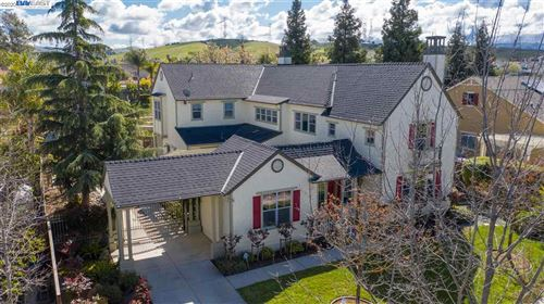 Photo of 2662 St Helena Ct, LIVERMORE, CA 94550 (MLS # 40900273)