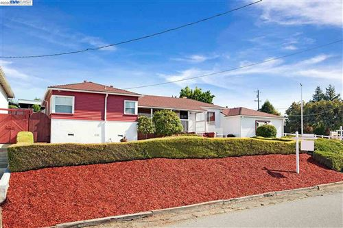 Photo of 5240 Proctor Rd, CASTRO VALLEY, CA 94546 (MLS # 40916273)