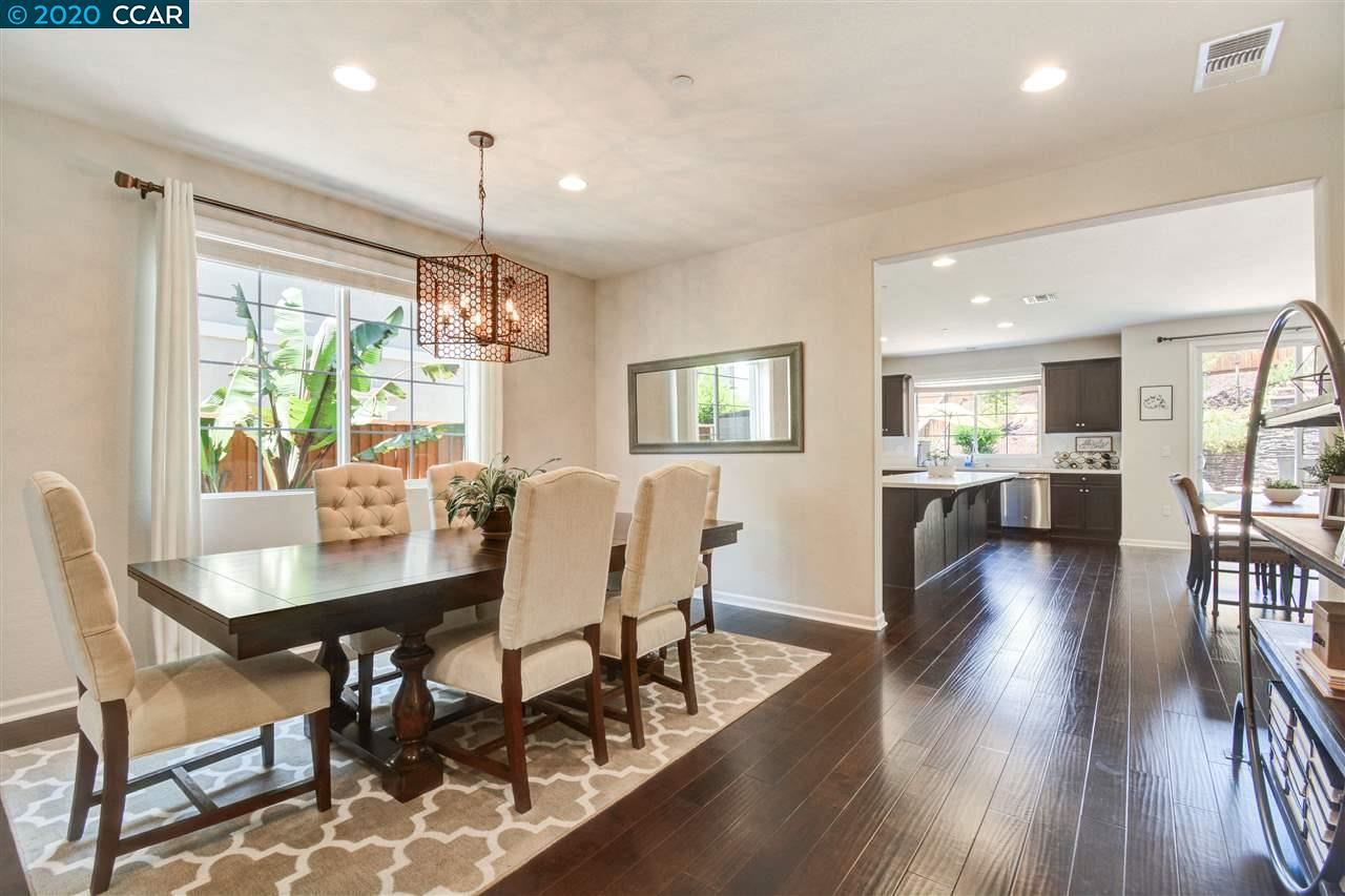 Photo of 4587 Donegal Way, ANTIOCH, CA 94531 (MLS # 40912275)