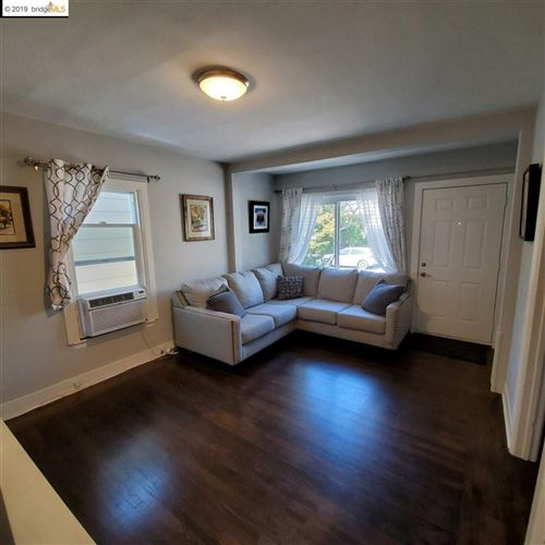 Photo of 1594 Pacific Ave, ALAMEDA, CA 94501 (MLS # 40890276)