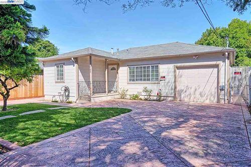 Photo of 2152 Ralmar Ave, EAST PALO ALTO, CA 94303 (MLS # 40904276)