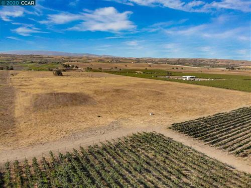 Photo of 8951 Tesla Rd, LIVERMORE, CA 94550 (MLS # 40924277)