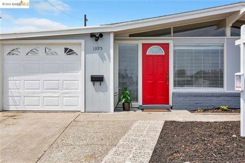 Photo of 1395 Mantilla Ave, HAYWARD, CA 94544-5039 (MLS # 40954277)