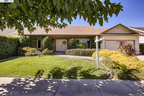 Photo of 989 Stimel Dr, CONCORD, CA 94518 (MLS # 40922278)