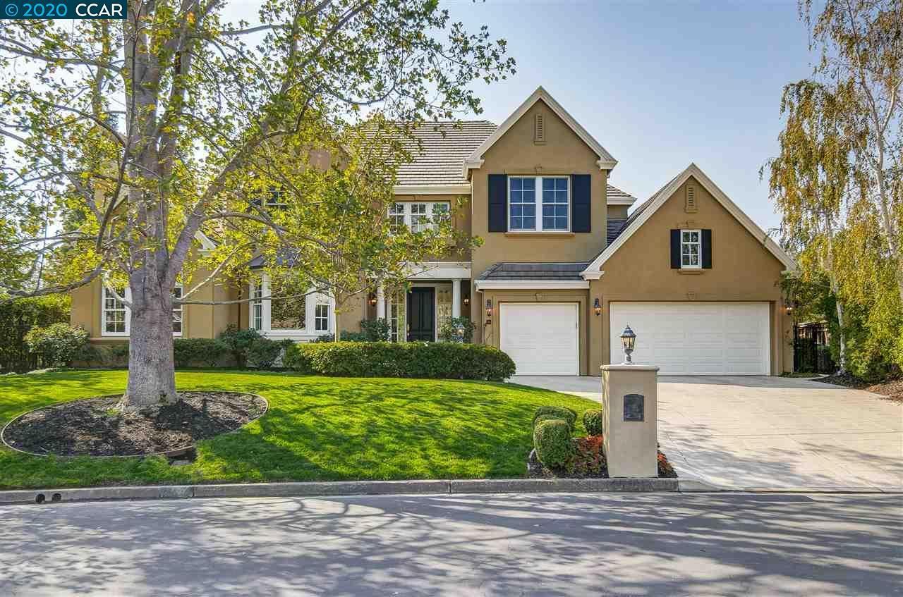 Photo for 411 Bent Oak Pl, DANVILLE, CA 94506 (MLS # 40927278)