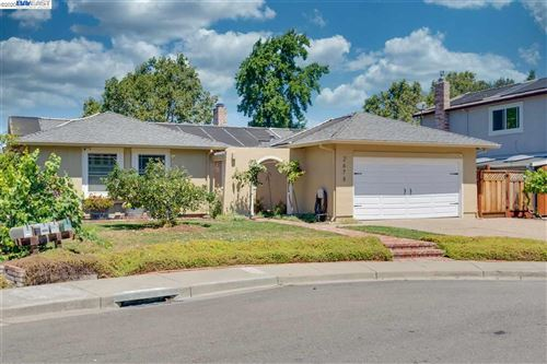 Photo of 2678 Sanderling Way, PLEASANTON, CA 94566 (MLS # 40916279)